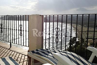 Casa  en 1a línea de playa de 3 habitaciones Murcia