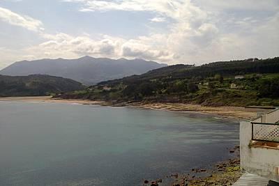 Casa con Jardín privado y piscina a 1000mts de la playa Asturias