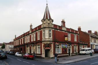Sandringham Arnos Vale Bristol BS4 3PE Pub Details