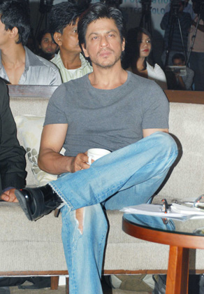 Image result for shahrukh jeans
