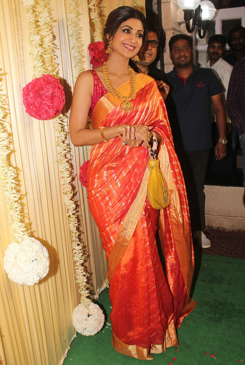 Shilpa Shetty opts for a traditional attire for Ekta Kapoor's Diwali party hosted at her residence in Mumbai on October 17, 2017. (Image: Yogen Shah)