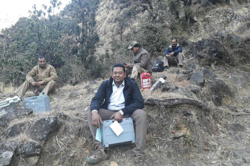10,000 Feet, 24 km: Polling Officials Trek Through Snow for 275 Voters