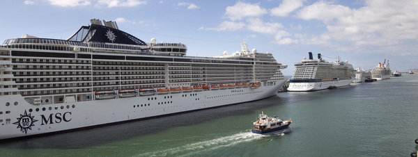 Barcelona cruise port terminal photo