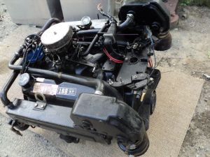 Mercruiser 302 Ford 188 HP Marine Engine 460 Hours