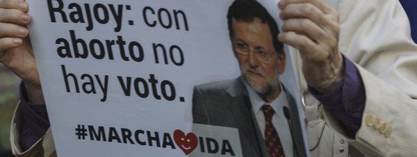 Antiabortistas exigen a Rajoy que cumpla y derogue la ley del aborto