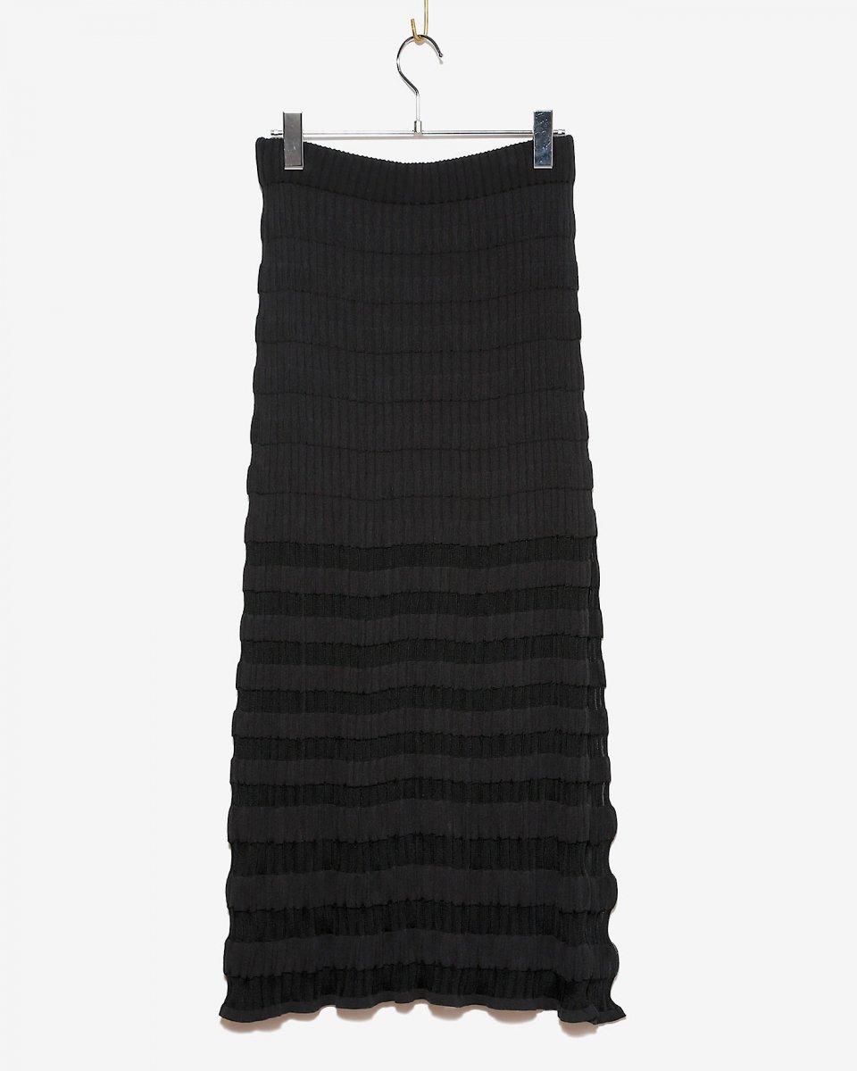 babaco スリット入りブロックリブロングスカート ブラックの写真