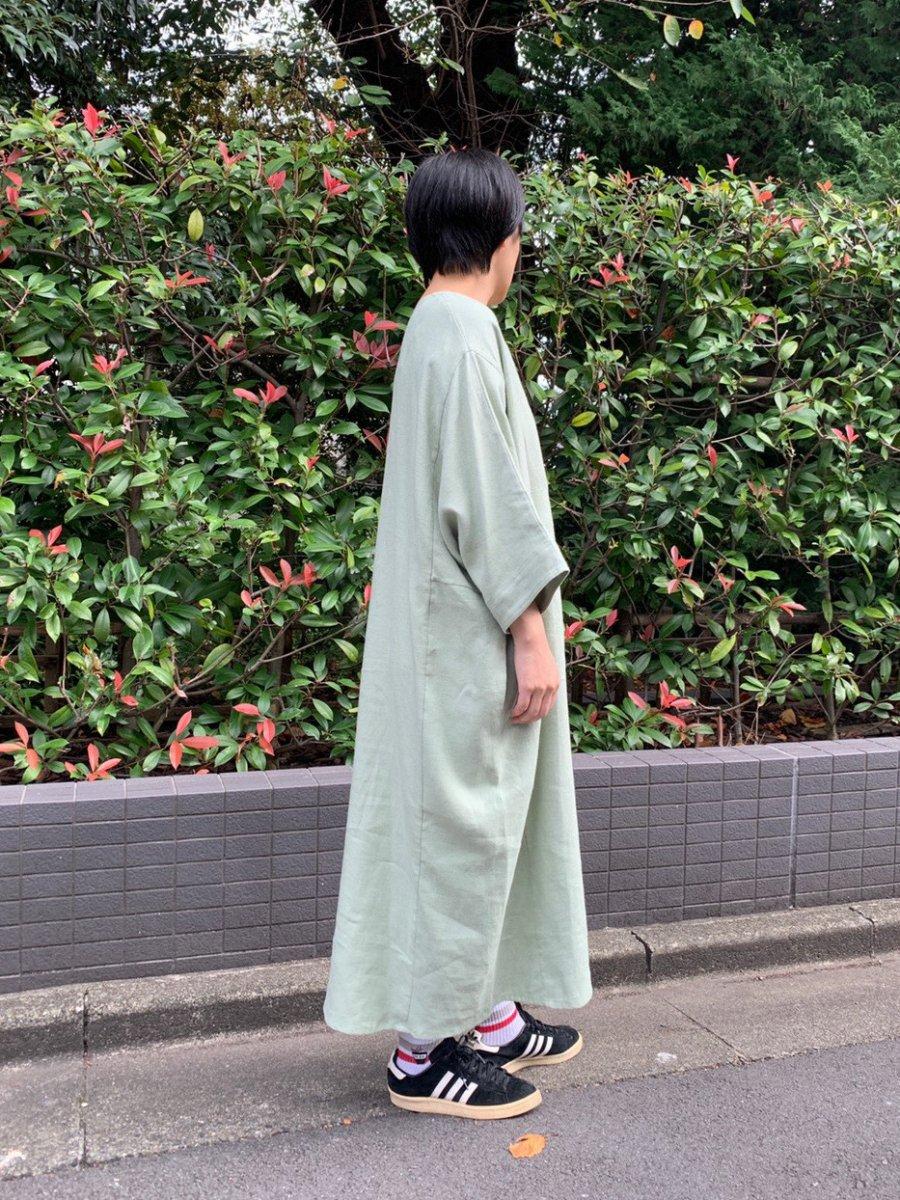 WRYHT リネンオーバーサイズドレスの写真