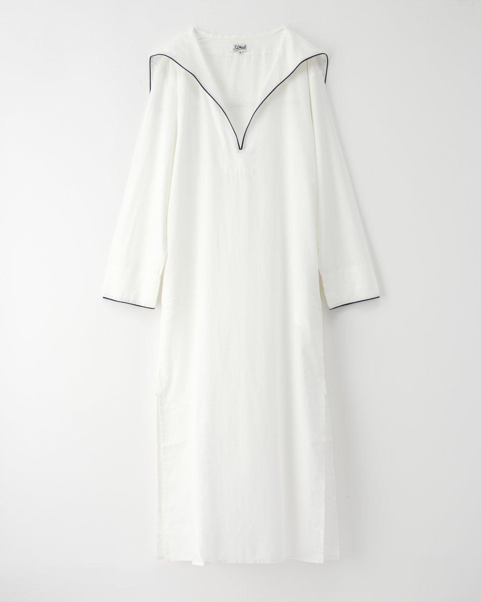 セーラーロングシャツドレス 白の写真