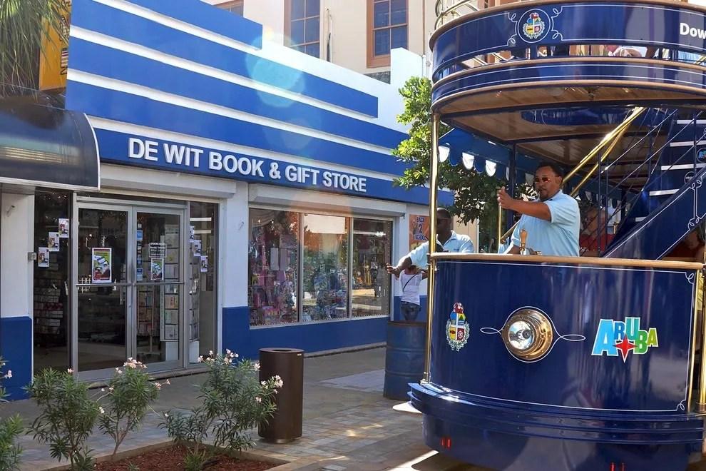 De Wit Amp Van Dorp Stores Aruba Shopping Review 10Best
