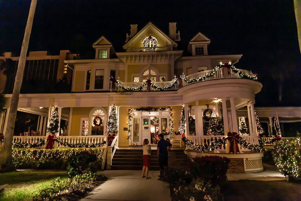 holiday house tour fort myers