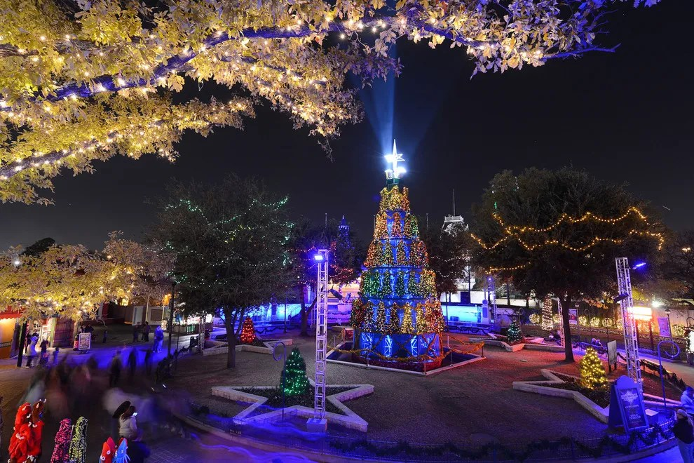 Best Theme Park Holiday Event Winners 2015 10Best Readers Choice Travel Awards