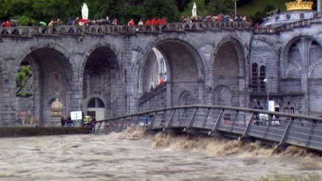 Сильное наводнение во Франции