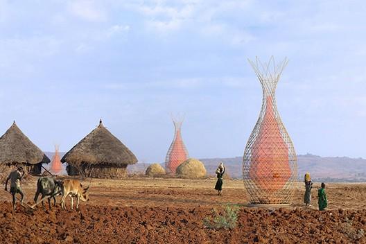 WarkaWater em área rural da Etiópia. Fonte da imagem: Yogui.co