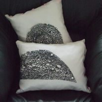 eternal-lace-cushions