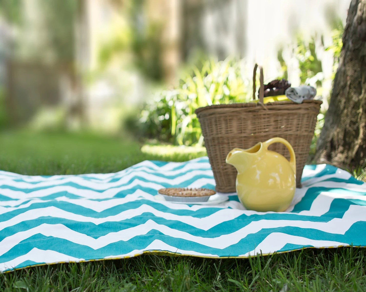 As Seen on HGTV - Waterproof Picnic Blanket - Portable Eco Friendly Quilted Beach Blanket in Teal Chevron