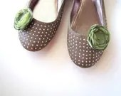 Shoe clips with handmade fabric flowers (set of 2 pcs )-  SAGE GREEN BLOSSOMS (s11) - JujaCrafts