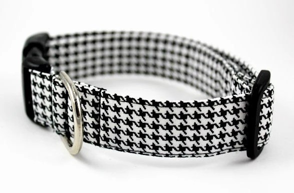 Dog Collar.....Classic Black and White Houndstooth....Made to Order in Your Choice of Size - BowWowCouture