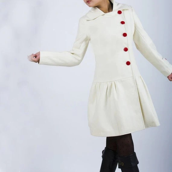 Snow - white woolen coat