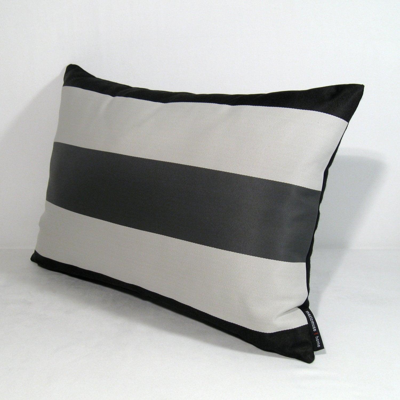 Best 25 Outdoor Pillow Ideas On