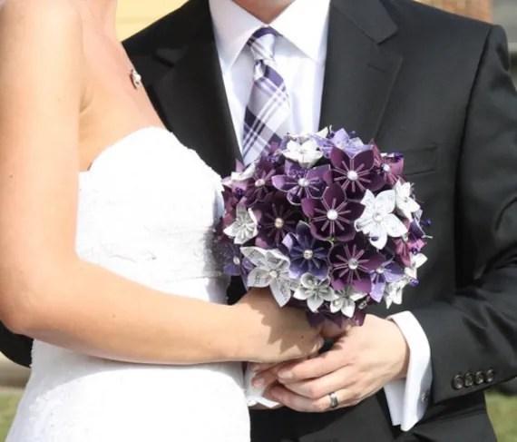 Kusudama Flower comme bouquet de mariée