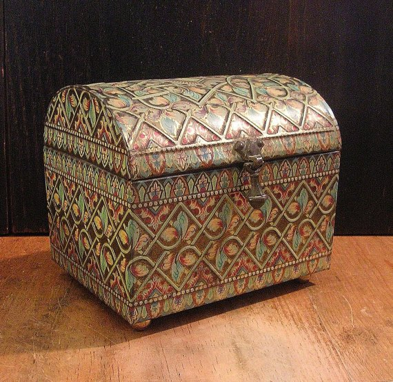 Beautiful Vintage Tin English Treasure Chest Box with Embossed Details - Swoon Worthy - tinprincess