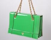 Vintage 60s MOD Green Verdi Handbag: Vinyl Go Go Purse - missfarfalla