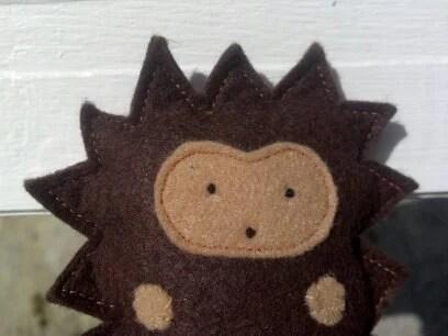 Small Wool Hedgehog - Wool Felt Woodland Plush Toy - peacegoodsshop