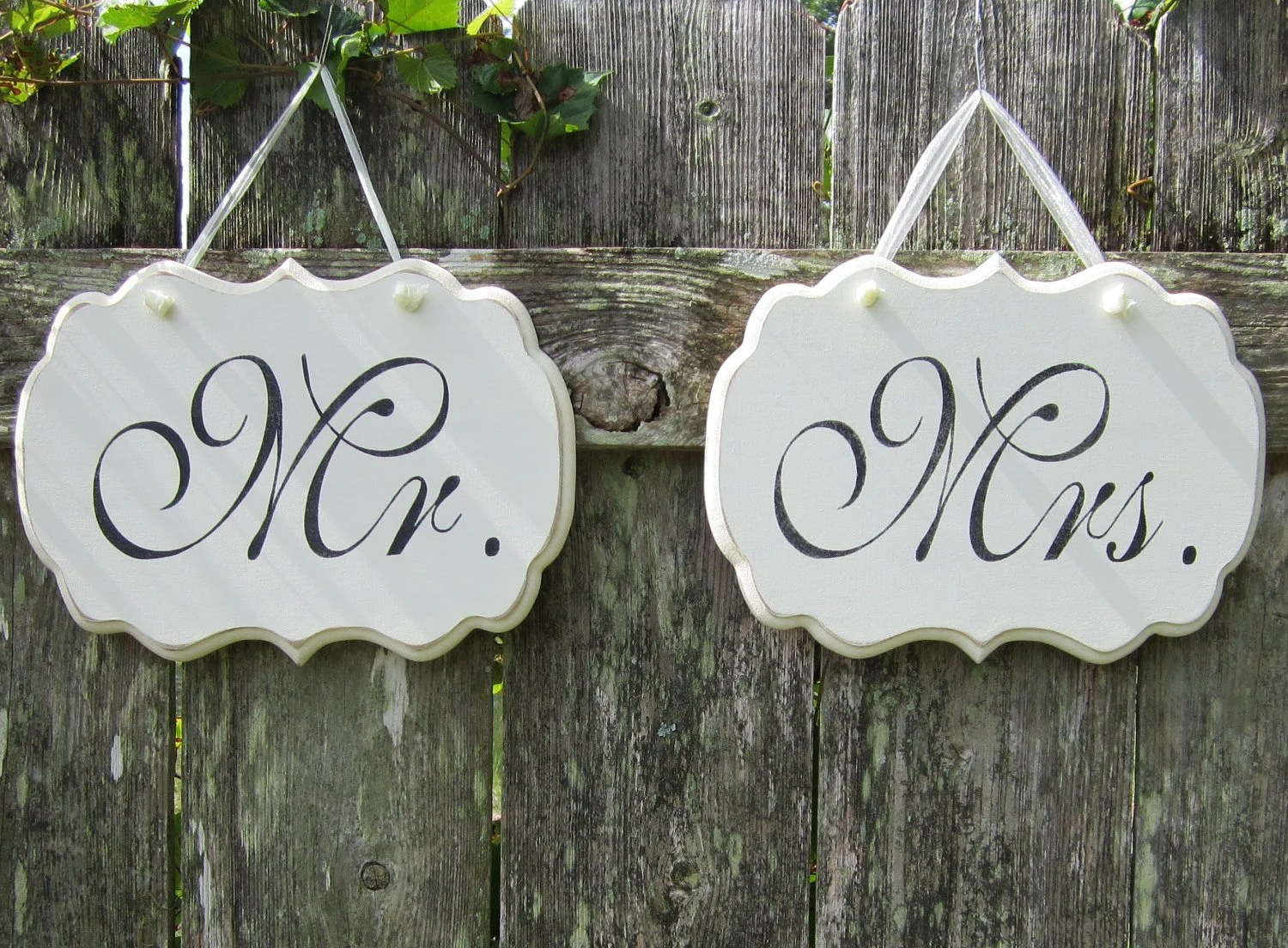 Wedding Signs, Mr. and Mrs. Decorative Wedding Signs/ Wedding Chairs Signs / Custom Colors Available - kimgilbert3