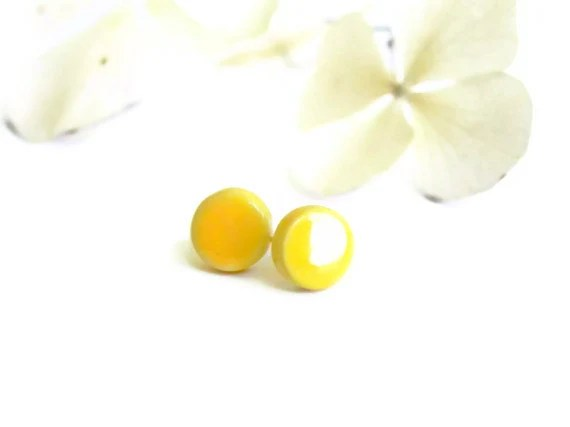 Yellow Post Earrings Round Studs Geometric Hypoallergenic Modern Jewelry - LemoneRouge
