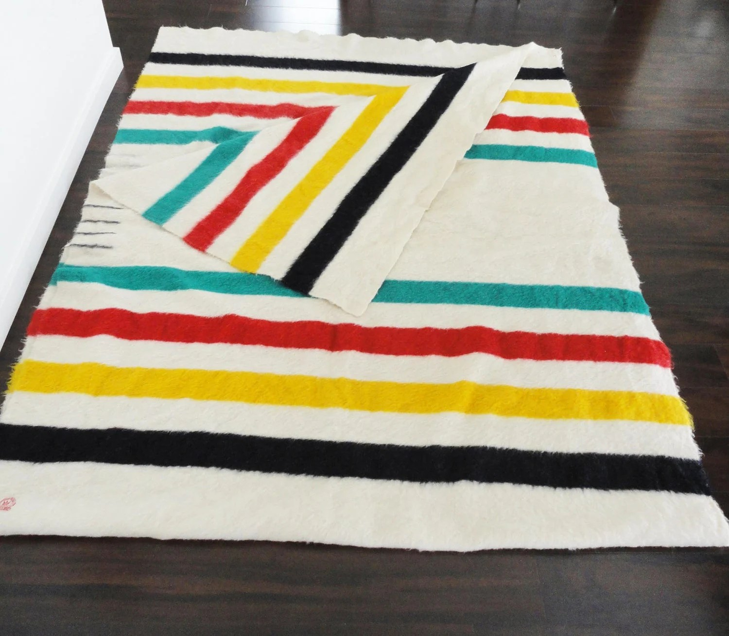 Hudson Bay Four Point Blanket Unseparated Pair Collectors Item from the 1920s