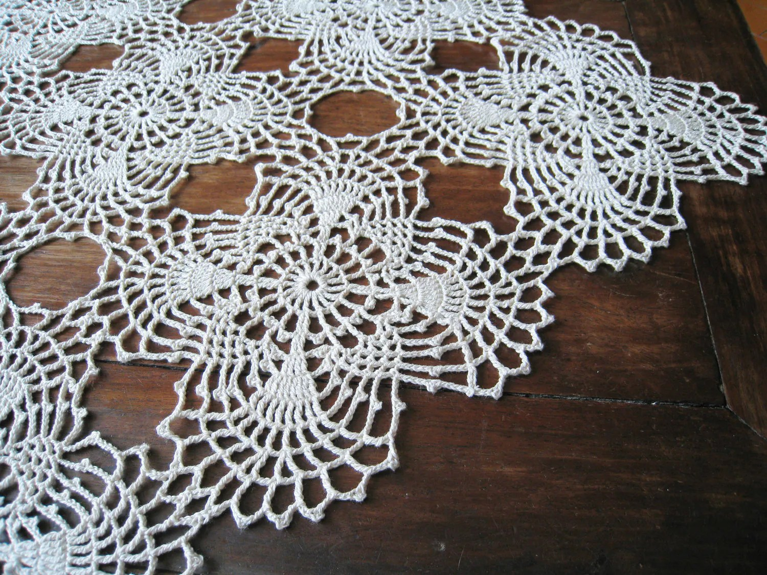 Crochet Lace Table Runner Natural Shabby Chic Cottage Table