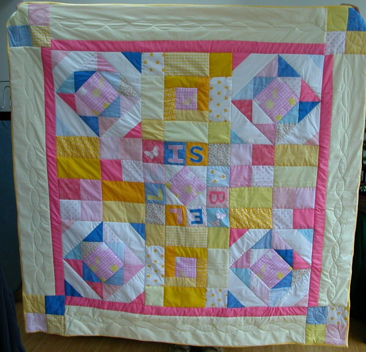 Pattern Quartered Square Block Super Easy 16 Inch Quilt