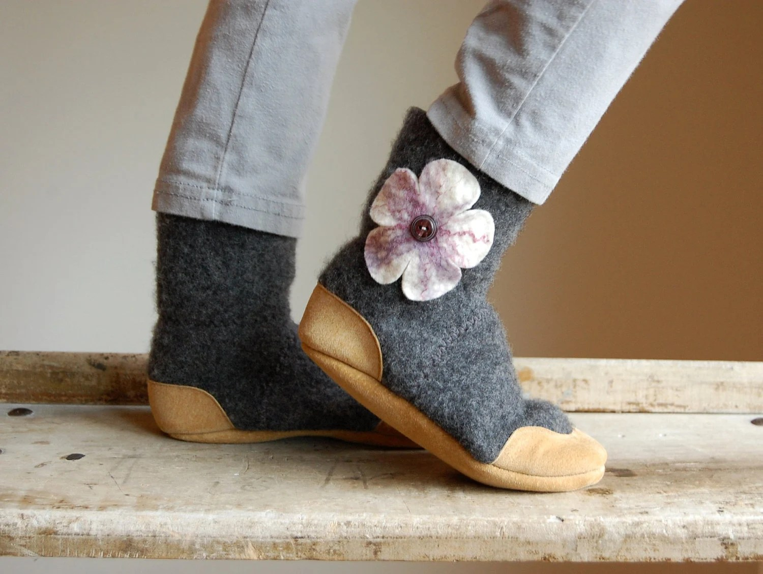 Girls Shoes, Kids Wool Slippers, Eco Friendly, Kids size 7.5, 9.5, 11.5, 13, 2.5, Peony - WoolyBaby