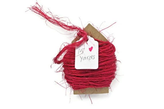 Colored twine . cherry red rough sisal cord . natural string fibers . rustic rope . Christmas trim . gift wrap cord .other colors available - TodoPapel