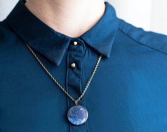 Navy blue galaxy pendant necklace, space jewelry, astronomy necklace - Lepun