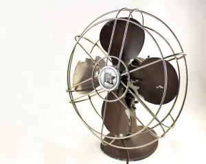 Vintage Art Deco Robbins & Myers Electric Fan In Brown