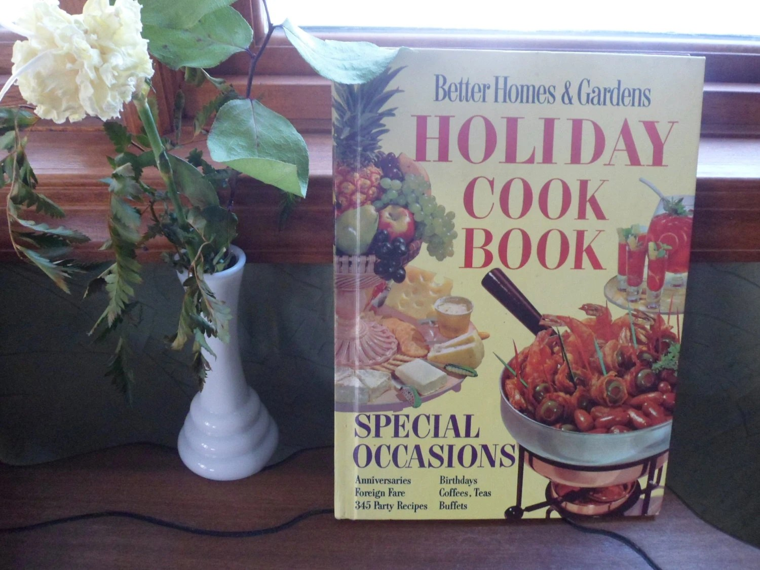 Better Homes And Gardens Holiday Cookbook 1959 Special