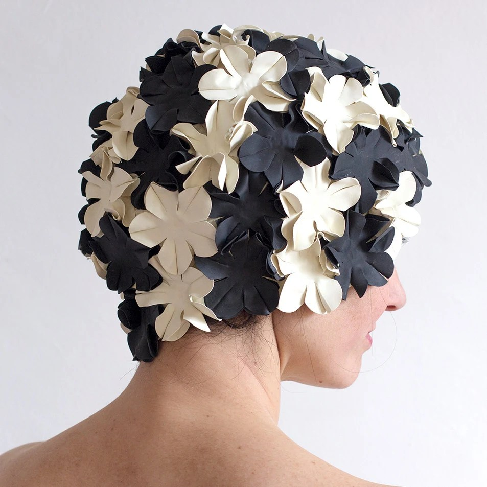 Flower swimming caps -  white and black