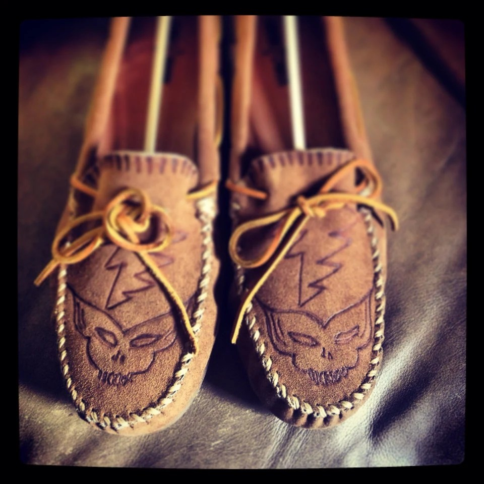 Made to Order Shoes Painted Shoes Burned Shoes Wood Burning Art - PeaceLuvinHippyness