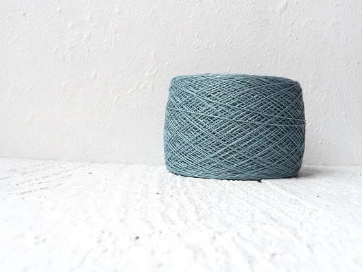 Linen crochet knitting weaving thread  - metallic color - YarnStories