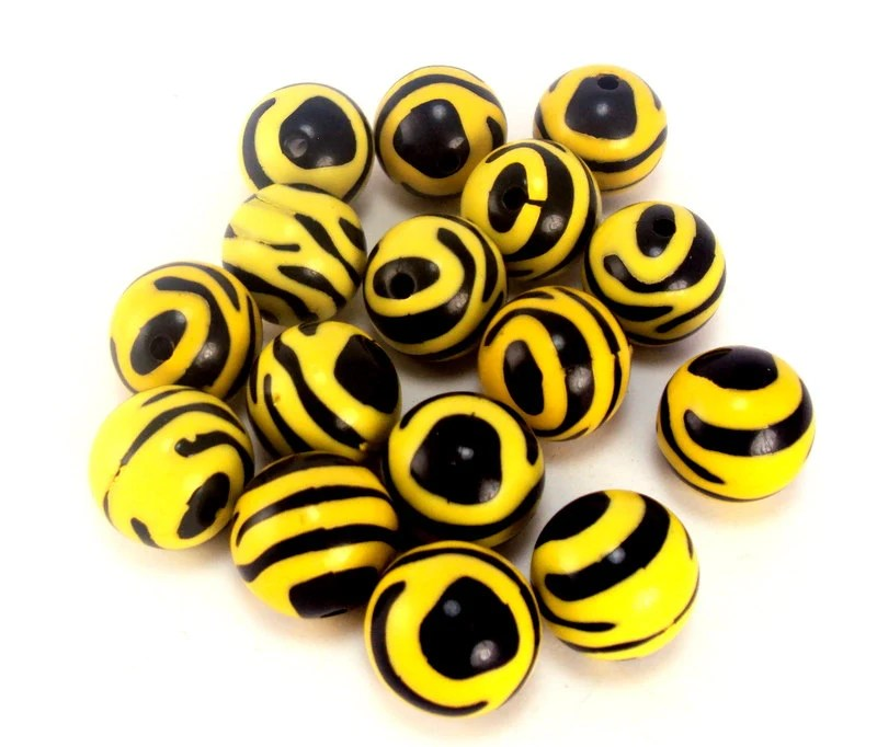 20 pieces, Yellow and Black Chunky Beads, 16mm Bubblegum Beads, Chunky Necklace Beads - LilToesandHairbows