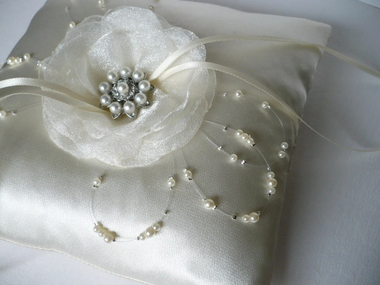 Ivory ring pillow White ring pillow Wedding ring pillow Wedding ceremony