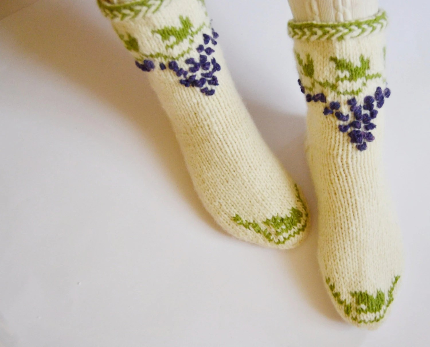 Hand knit embroidered thick warm toasty wool socks  flowery fresh srping grapes leaves wearable art europe - WoolSpace