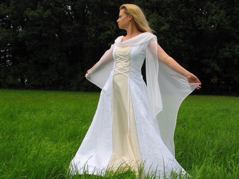 Wedding Gown History Medieval Wedding Dress