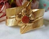 Vintage Bracelet Goldstone Clamper Bracelet Unique Design Stunning! - vintagelady7
