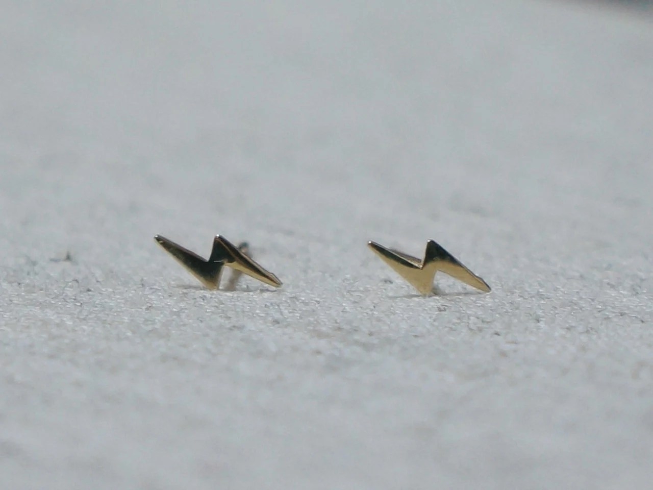 10k Gold Lightning Bolt Stud Earrings Solid Gold 10k Real