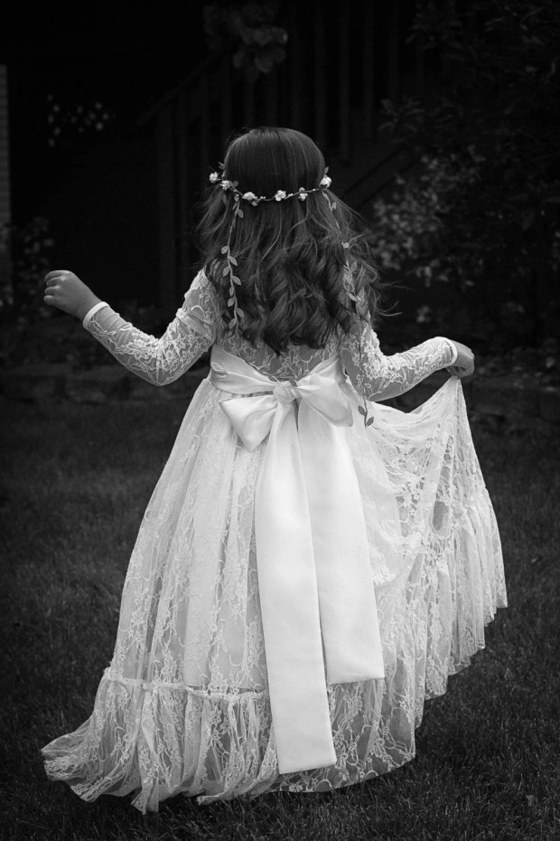 Lace Flower Girl Dress, Girls Lace Maxi Dress, Girls Rustic Dress, Communion Dress, Long Sleeve Flower Girl Dress, Girls Boho Dress