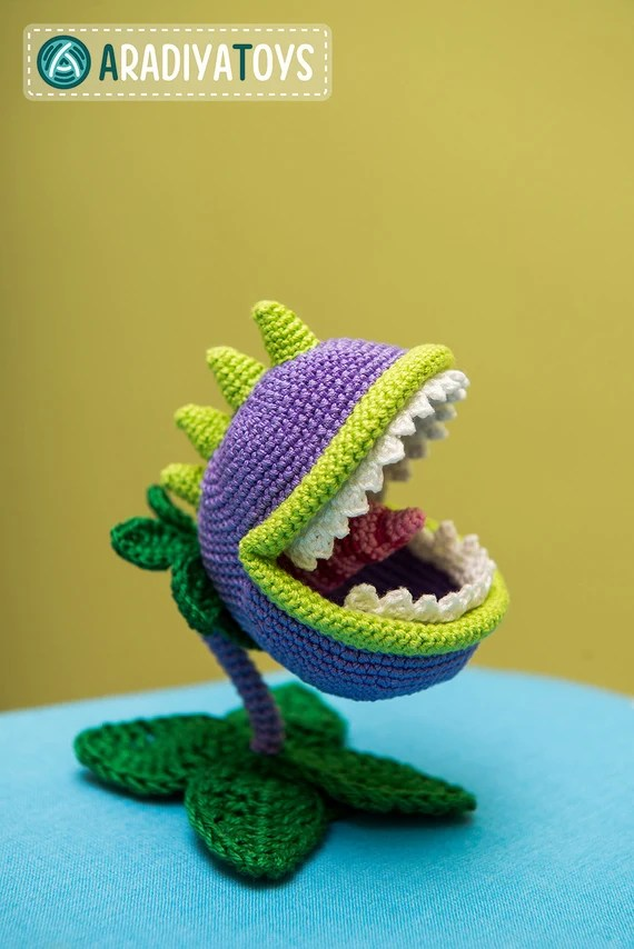 Patterns from other website n°2 [july] : Plant vs Zombie Chomper ... | 854x570