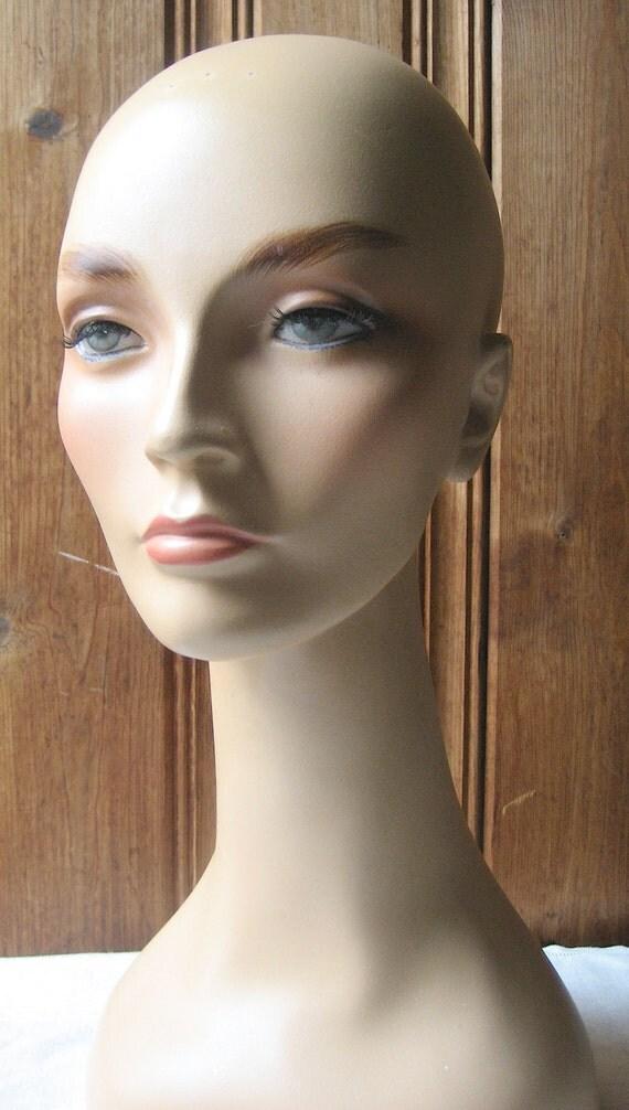 Tte Mannequin Femme Col De Cygne True Vintage Chapellerie
