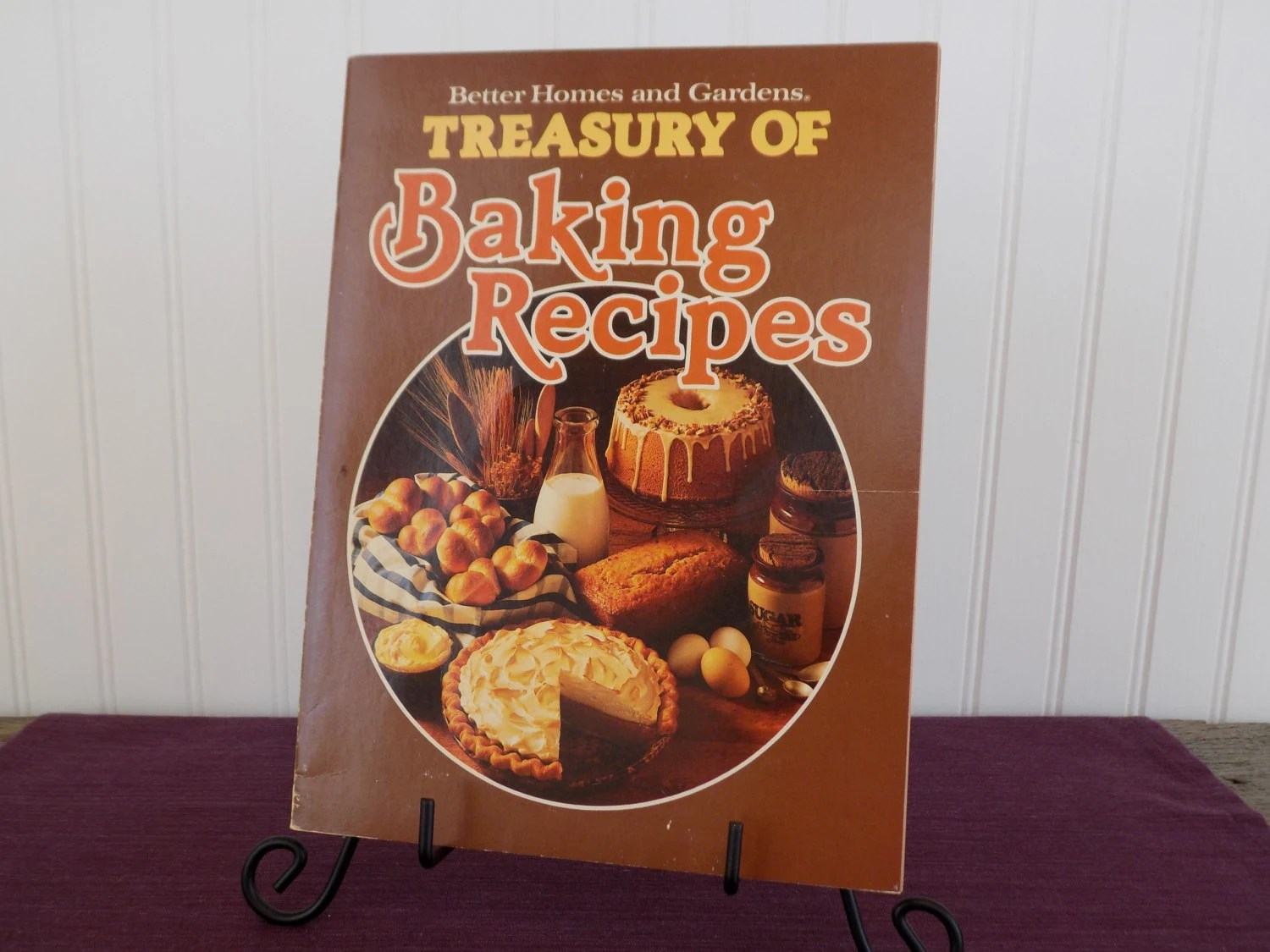 Better Homes And Gardens Treasury Of Baking Recipes Vintage